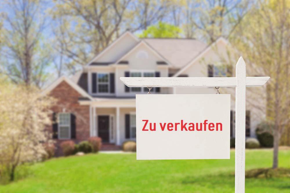 https://allgaeuer-immobilien.com/wp-content/uploads/2019/05/iStock-177722838_Haus_verkaufen_klein.jpg
